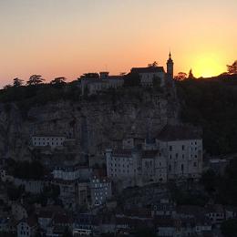 CN Média Désirer le bonheur du ciel - Fête de l'Assomption, à Rocamadour